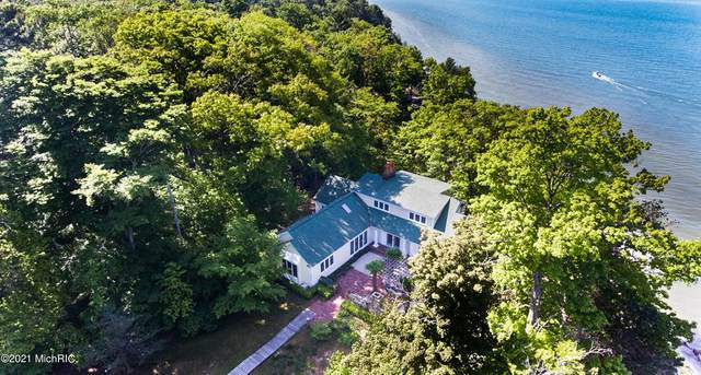 13537 Lakeshore Drive, Grand Haven Twp, MI 49417 (#65021004275) :: The BK Agency