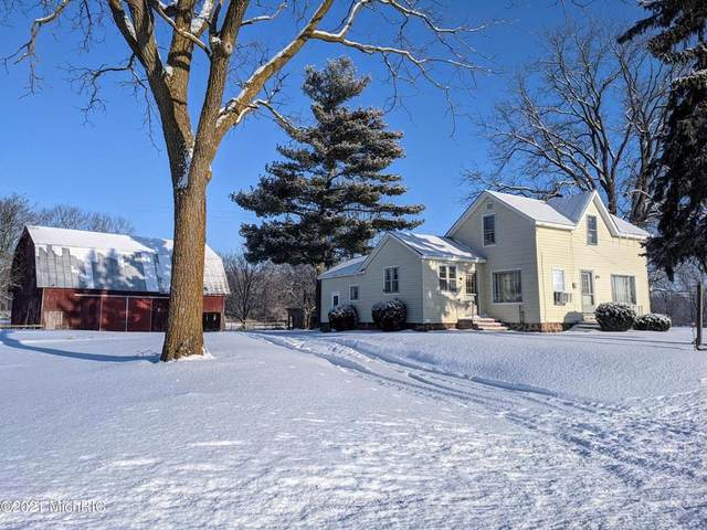 284 Block Rd, OVID TWP, MI 49036 (#62021004346) :: NextHome Showcase