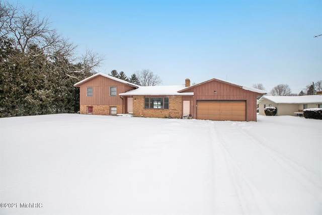 8832 Kephart Lane, Oronoko Twp, MI 49103 (#69021004470) :: The Alex Nugent Team | Real Estate One