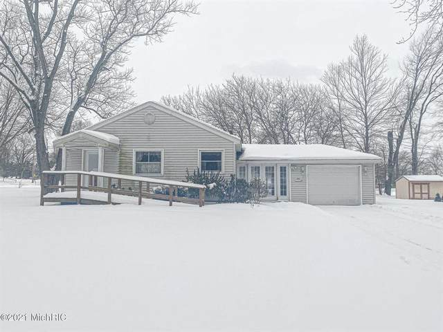 303 Mcphil Drive, Dowagiac, MI 49047 (#69021004636) :: GK Real Estate Team