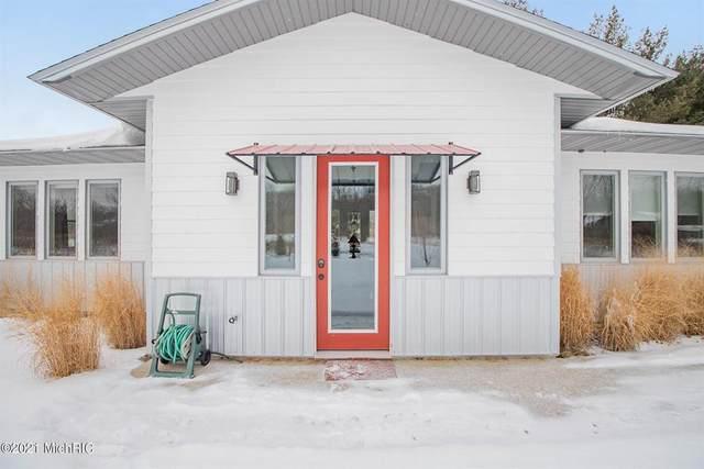 13803 Jane Way, Chikaming Twp, MI 49115 (#69021004744) :: The Alex Nugent Team | Real Estate One