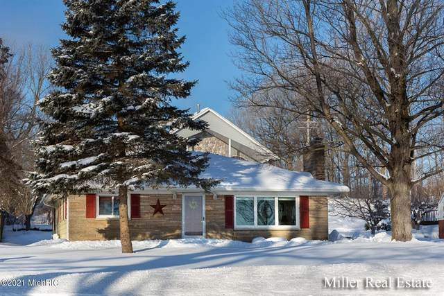 9042 M43 Hwy, Hope Twp, MI 49046 (#65021004937) :: The Alex Nugent Team | Real Estate One