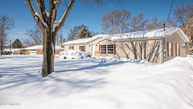 5227 Wilson Road, Coloma Twp, MI 49038 (#69021005023) :: The Alex Nugent Team | Real Estate One