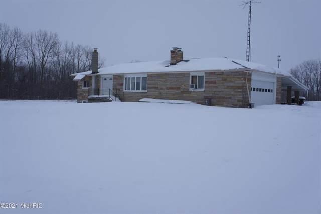 761 S Angola Rd, Kinderhook Twp, MI 49036 (#62021005045) :: GK Real Estate Team