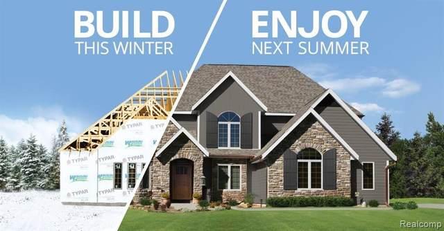 7305 Middlepointe, Dearborn, MI 48126 (#2210011112) :: GK Real Estate Team