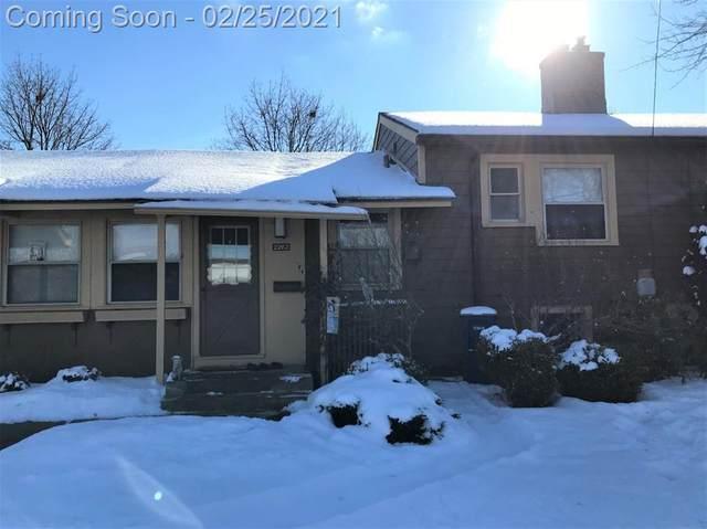 2263 Parkwood Avenue, Ann Arbor, MI 48104 (#543278940) :: GK Real Estate Team