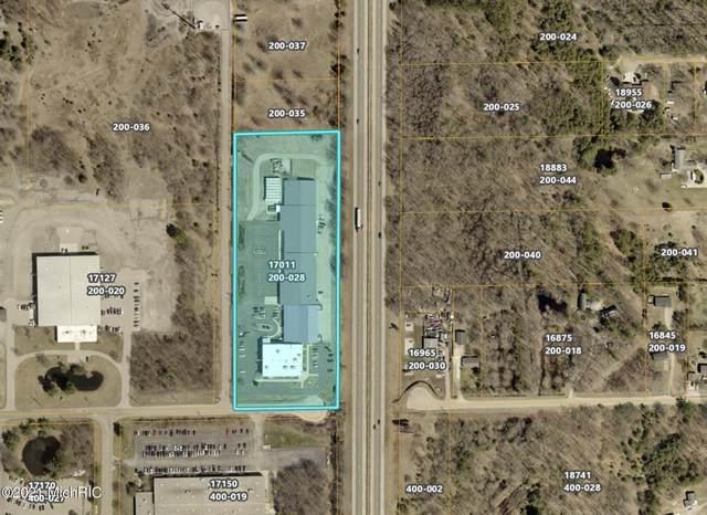 17011 Hickory Street, Spring Lake Twp, MI 49456 (#71021005283) :: GK Real Estate Team