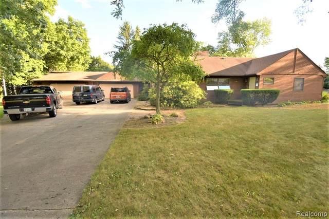930 Ottawa Drive, Troy, MI 48085 (#2210011594) :: The Alex Nugent Team | Real Estate One