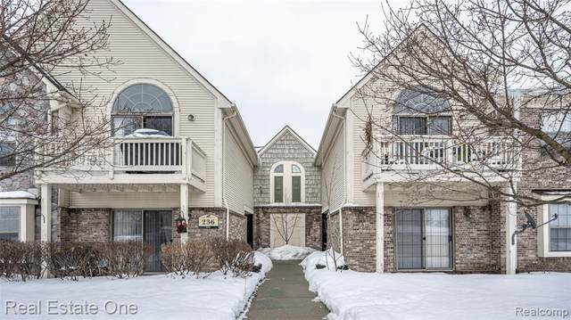 236 Brookwood Drive #15, South Lyon, MI 48178 (#2210011628) :: The Mulvihill Group