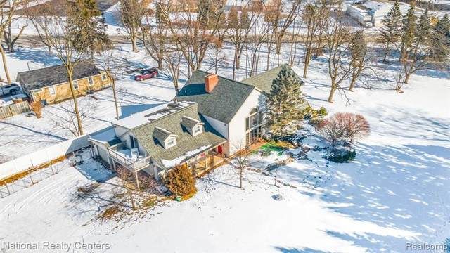 1282 Union Lake Road E, White Lake Twp, MI 48386 (#2210011724) :: Real Estate For A CAUSE