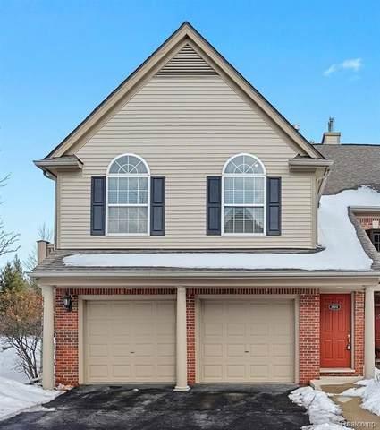 28201 Carlton Way Drive, Novi, MI 48377 (#2210011819) :: Duneske Real Estate Advisors
