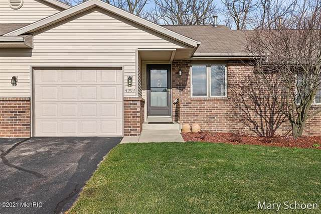 4293 Oakridge Drive NW, Walker, MI 49534 (#65021005415) :: GK Real Estate Team