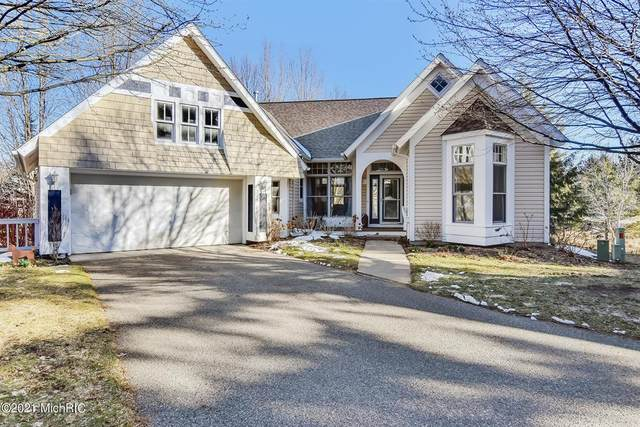 274 Willow Creek Court, Park Twp, MI 49424 (#71021005441) :: The Merrie Johnson Team
