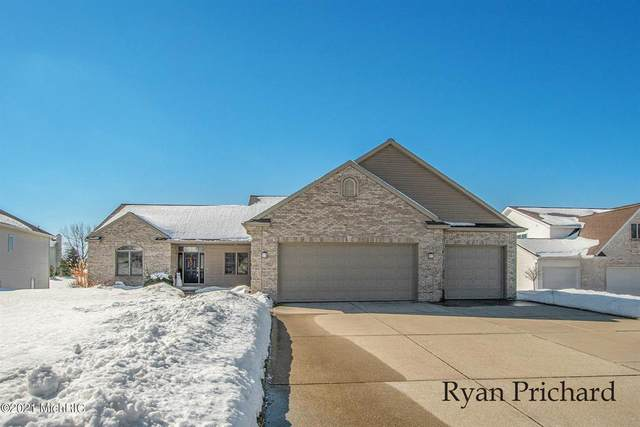 6111 Ganton Court, Georgetown Twp, MI 49426 (#65021005446) :: The Merrie Johnson Team