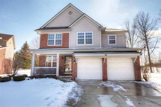 48131 Nottinghill Lane, Canton Twp, MI 48188 (MLS #2210012025) :: The Toth Team
