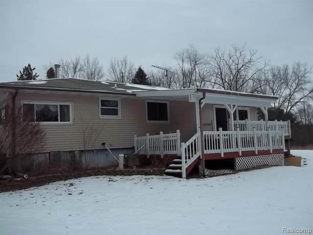 6390 Merkel Road, Webster Twp, MI 48130 (#2210012049) :: GK Real Estate Team