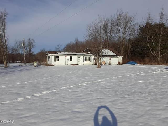 64766 Wade Road, Calvin Twp, MI 49031 (#69021005492) :: GK Real Estate Team