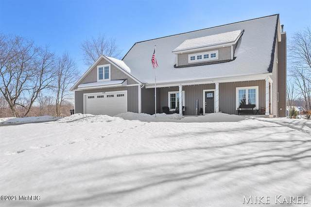 5240 Hidden Woods Lane, Blendon Twp, MI 49426 (#65021005504) :: The Merrie Johnson Team