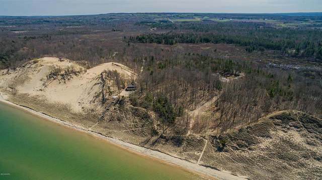 Lot 4-4500 Lakeshore Road, Manistee Twp, MI 49660 (#71021005512) :: The Mulvihill Group