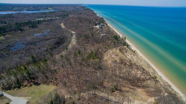 Lot 3-4500 Lakeshore Road, Manistee Twp, MI 49660 (#71021005513) :: The Mulvihill Group