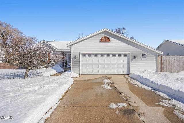 11436 Hunters Meadow Drive, Allendale Twp, MI 49401 (#65021005561) :: The Mulvihill Group