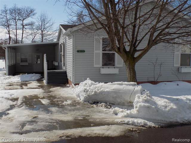 5113 Twin Lakes Drive, Kimball Twp, MI 48074 (#2210012284) :: BestMichiganHouses.com