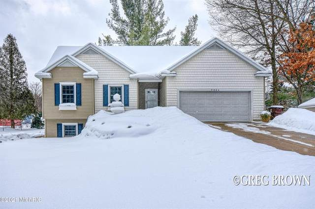 7340 Grachen Drive SE, Cascade Twp, MI 49546 (#65021005668) :: GK Real Estate Team