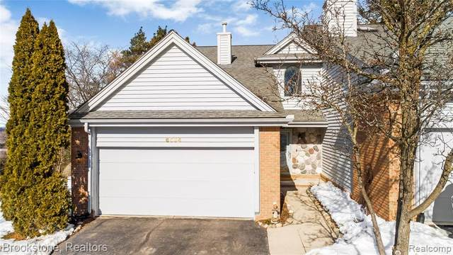 6534 Scenic Pines Court, Independence Twp, MI 48346 (#2210012473) :: Duneske Real Estate Advisors