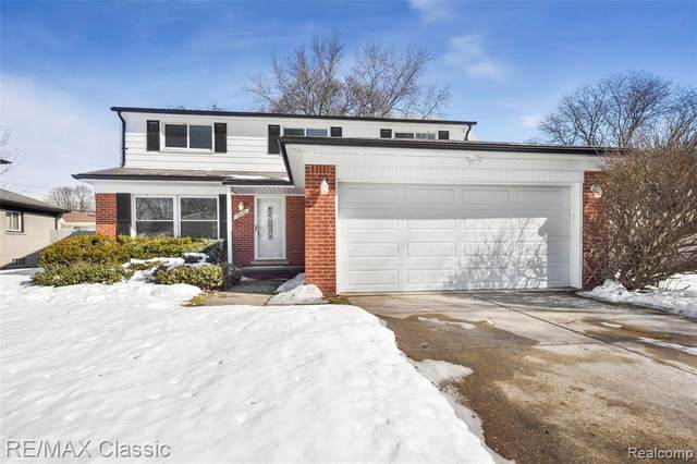 25130 Parsons Drive, Southfield, MI 48075 (MLS #2210012494) :: The Toth Team