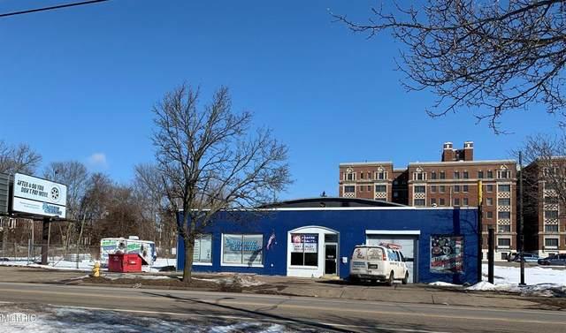 316 W Van Buren Street, Battle Creek, MI 49037 (#64021005873) :: The BK Agency