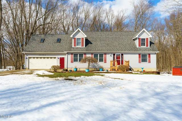 40504 Paw Paw Road, Paw Paw Twp, MI 49079 (#66021005880) :: The BK Agency