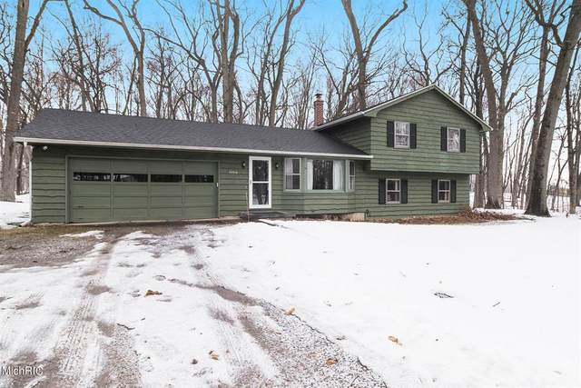 10916 Cressey Road, Prairieville Twp, MI 49080 (#66021005898) :: GK Real Estate Team