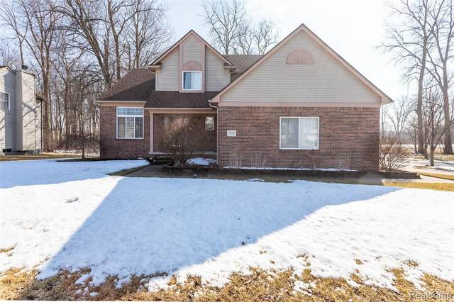 39145 Buckingham Drive, Romulus, MI 48174 (MLS #2210012857) :: The John Wentworth Group
