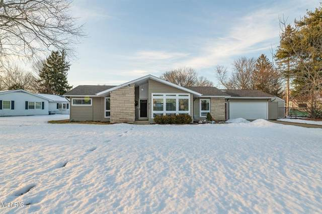 415 Barberry Avenue, Portage, MI 49002 (#66021005954) :: The Alex Nugent Team | Real Estate One