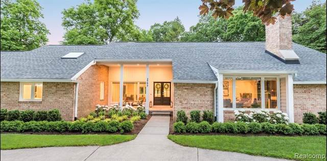 3795 Oakland Drive, Bloomfield Twp, MI 48301 (#2210013031) :: Alan Brown Group