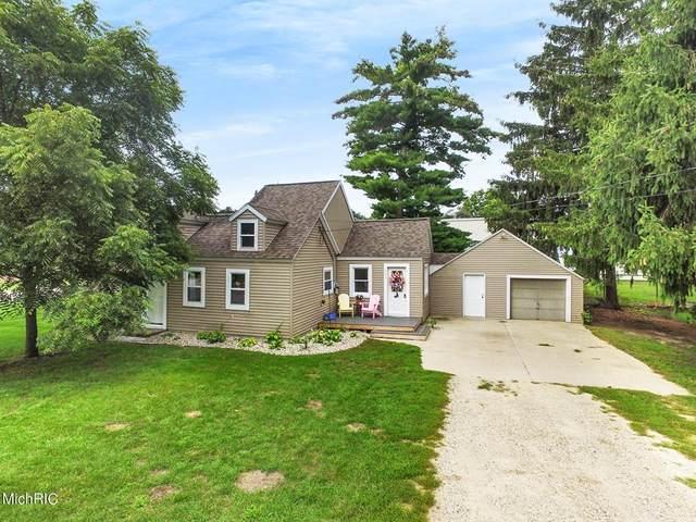 255 3rd Street NE, Cedar Springs, MI 49319 (#65021005973) :: The Alex Nugent Team | Real Estate One