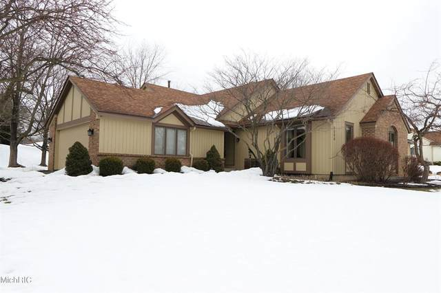 5069 S Quail Crest Drive SE #38, Cascade Twp, MI 49546 (#65021005984) :: GK Real Estate Team