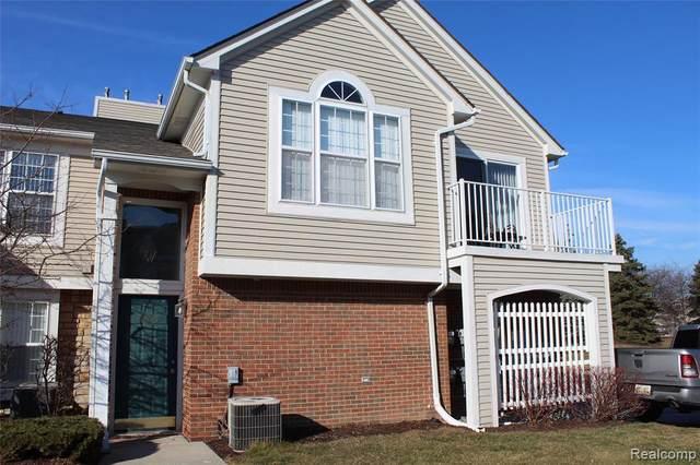 5800 Pine Aires Drive #19, Sterling Heights, MI 48314 (#2210013100) :: Novak & Associates