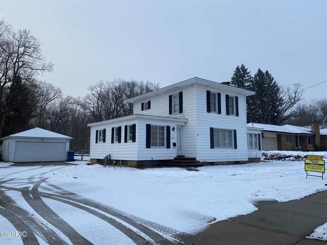 413 Grand Street, Allegan, MI 49010 (#65021005993) :: The Alex Nugent Team | Real Estate One