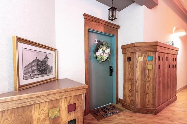 109 W Washington Ave Unit 4, CITY OF JACKSON, MI 49201 (#55202100487) :: Real Estate For A CAUSE