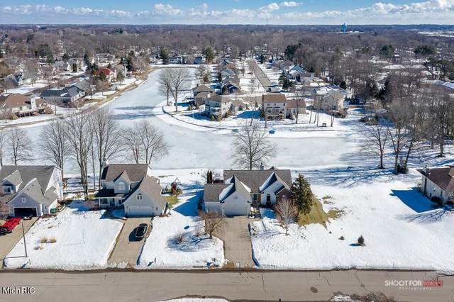 385 142nd Avenue, Holland Twp, MI 49424 (#71021006000) :: The Merrie Johnson Team