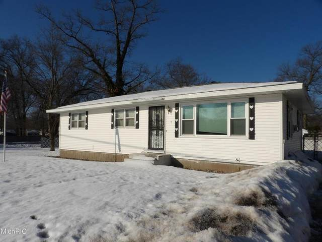185 S Brooks Road, Muskegon Twp, MI 49442 (#71021006030) :: The BK Agency