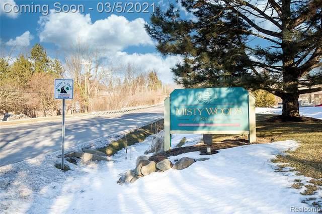 3895 Lone Pine Rd Apt 101, West Bloomfield Twp, MI 48323 (#2210013275) :: RE/MAX Nexus