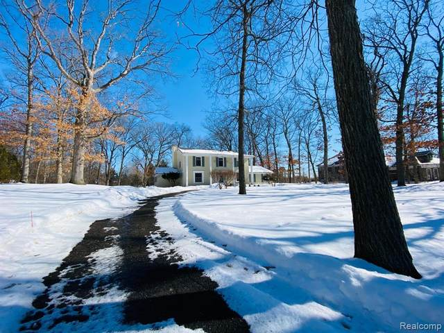 3949 Franklin Road, Bloomfield Twp, MI 48302 (#2210013297) :: The Alex Nugent Team   Real Estate One