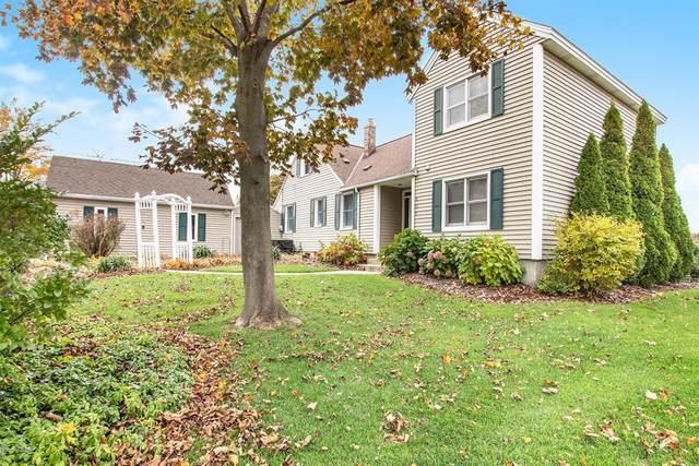 807 South Shore Drive, Holland, MI 49423 (#71021006074) :: GK Real Estate Team