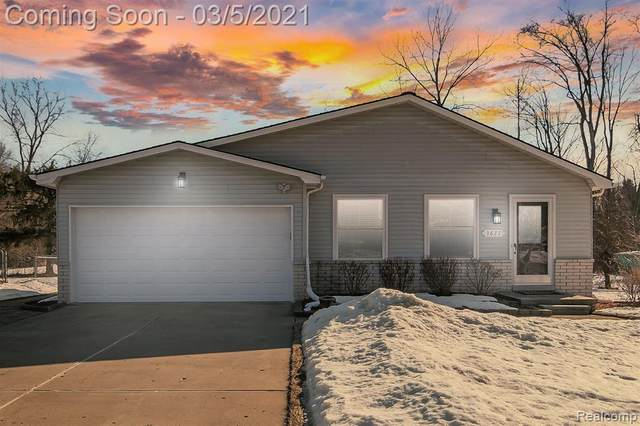 3677 Dearborn Avenue, Rochester Hills, MI 48309 (#2210013417) :: The Alex Nugent Team | Real Estate One