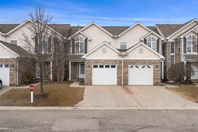 846 Natures Cove Ct, Wixom, MI 48393 (MLS #58050035237) :: The John Wentworth Group