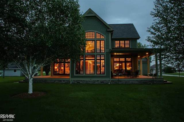 4416 Middle Channel, Clay Twp, MI 48028 (#58050035267) :: Alan Brown Group