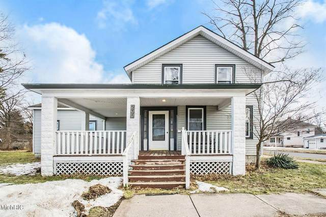 200 S Cass Street, Berrien Springs Vlg, MI 49103 (#69021006187) :: The BK Agency