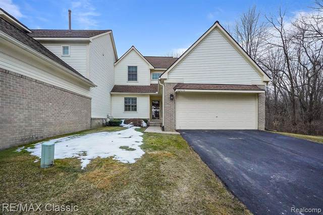 43670 Wendingo Court, Novi, MI 48375 (#2210013932) :: GK Real Estate Team